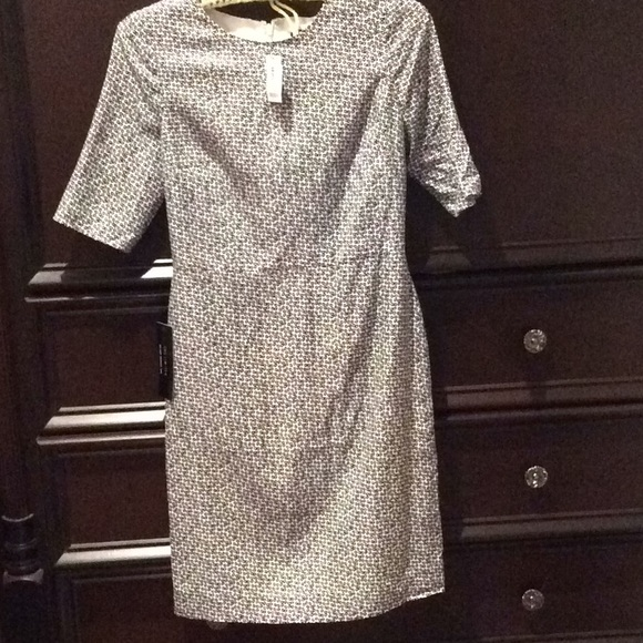 The Limited Dresses & Skirts - Classic all occasion silk lined dress